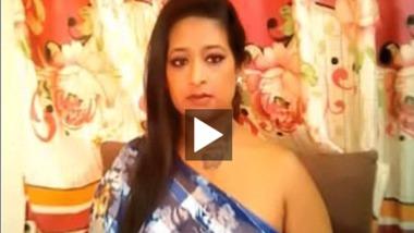 Desi chubby Bhabhi boobs show on webcam show