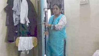 Desi village aunty nude change