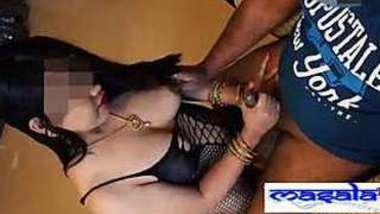 Desi sexy girl hand job black coc