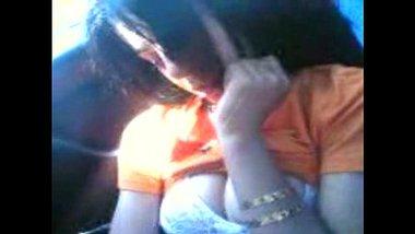 XXX vidoes of an amateur girl having fun with boyfriend in his car