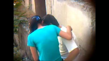 Tamil XXX video of a young couple enjoying outdoor sex