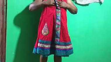 Desi village aunty show her body