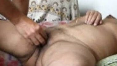 south indian desi wife hard finging n pussy licking