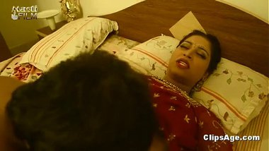 Hindi sexy film of a pervert boss with the sexy secretary