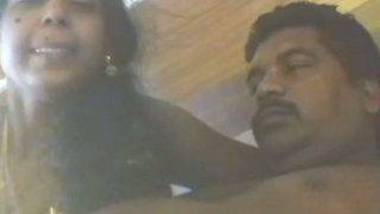 Tamil aunty moonchal sex video