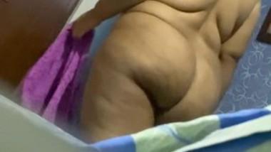 Huge Ass Desi Milf Secretly Captured