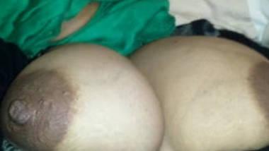 desi hijabi wife huge boobs played