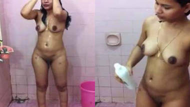 South Indian mallu sexy wife captured by hubby with audio