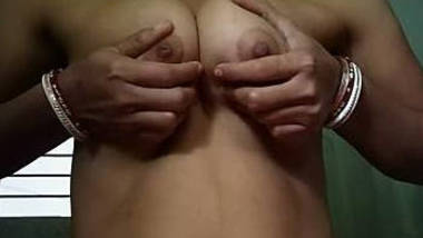 Bengali wife boobs showing and fondling by self