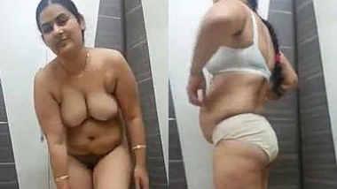 Horny Punjabi Bhabhi Mustarbation video (New Clip)