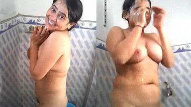 Sexy Indian Wife Bathing Record by hubby with Clar Hindi Audio