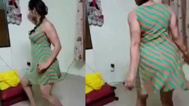 big ass desi girl shaking her sexy as