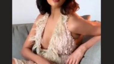 Raiza Wilson Hot Photoshoot Clip