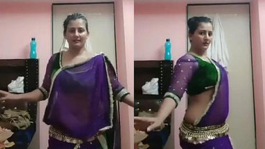 Beautiful and Sexy Figure Indian wife very Hot belly dance