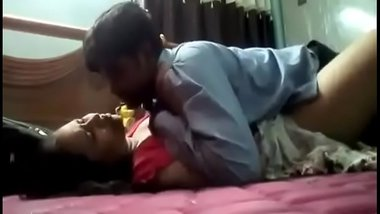 Tamil College Girl Sex MMS Recorded In Bedroom