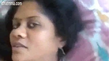 Sexy Marathi Aunty Sucking Penis And Exposing