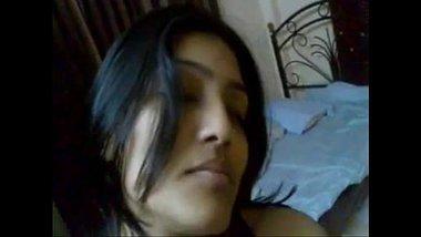 Hot Bhabhi Seducing Young Devar