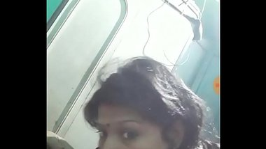 MMS Of Desi Girl Made During Deep Throating