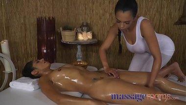 Sahara Knite Doing A Lesbian Massage Sex