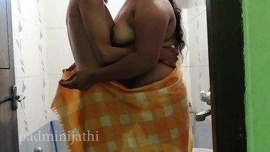 Friend ki Bihari dehati bbw moti wife se gandi baat wali bf