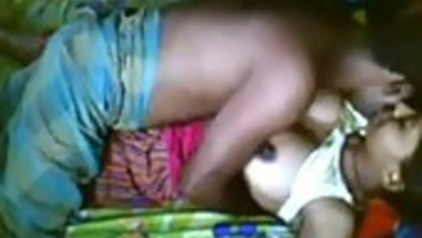 Amateur Indian girl hardcore sex with cousin brother at home
