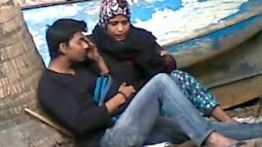 Bangladeshi aunty enjoys sex Masti with Muslim lover