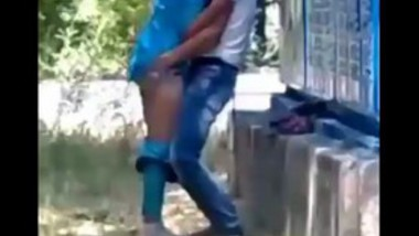 Myanmar collage girl outdoor fucking