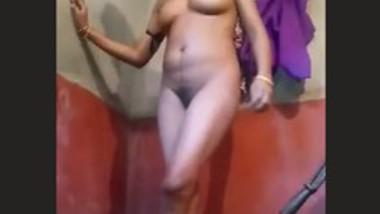 Sexy bhabi b