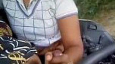 Tamil crazy desi lovers hot sex masti romance in Truck