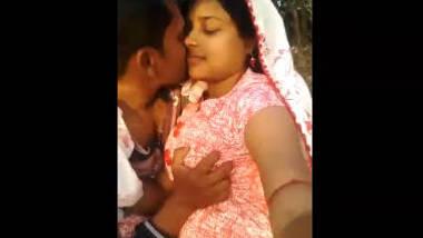 outdoor love with village bhabhi