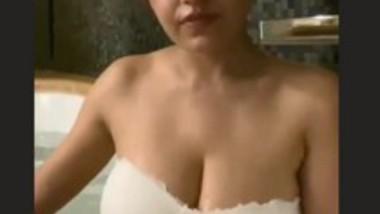 SimranKaur Sexy Clip in Tub