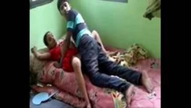 Hot Bengali Bhabhi Banged By Devar After Morning Chores