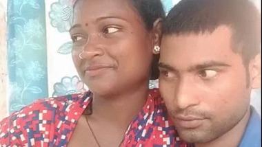 Dehati desi lovers ki nipple fondling romance video