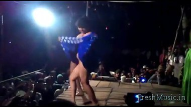 Girls Showing Pussy In Telugu Record Dance