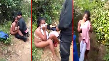 Skandal private video as Desi couple caught in woods