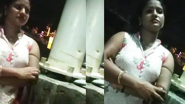 Real indiam XXX sex! Desi local randi rate on street
