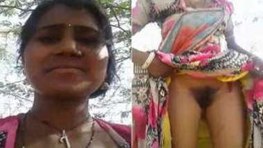 Married Indian couple goes outside to replenish XXX collection