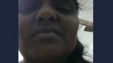 Desi bhabi selfie video capture