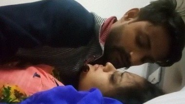 Indian hotel sex video of desi lovers leaked online