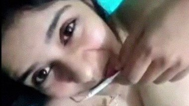 Nude Pakistani girl sexy chat with BF leaked