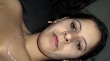 Desi aunty fingering pussy selfie cam video