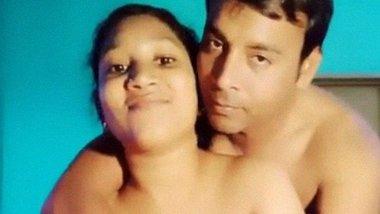Healthy desi couple chudai video shared online