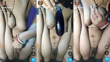 Desi girl's pussy masturbating Tango show video