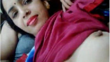 Sexy haryana bhabhi lovely boobs and pussy fingered