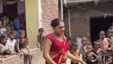 Indian hijra very hot dance