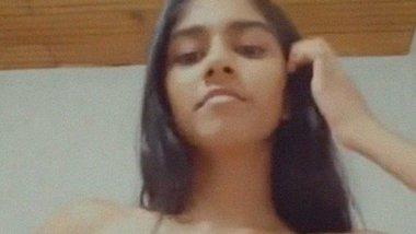 Boob press selfie of Indian teen girl