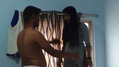 Indian College lovers sex video captured at home