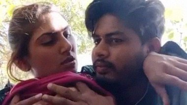 Hard boob press and fondling video of dehati lovers