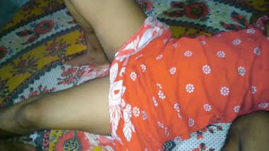 Desi bhabhi in the first time foking me