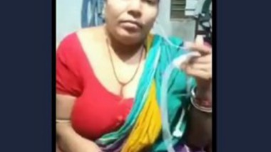 village aunty hot expose